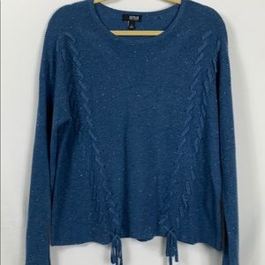a.n.a size Lg. Blue sweater with white specks